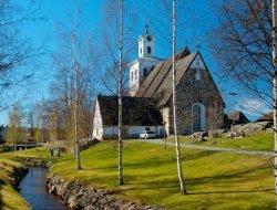 Церковь Святого Креста Раума (The Church of the Holy Cross Rauma)